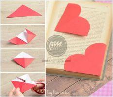 Gấp giấy bọc góc sách hình trái tim